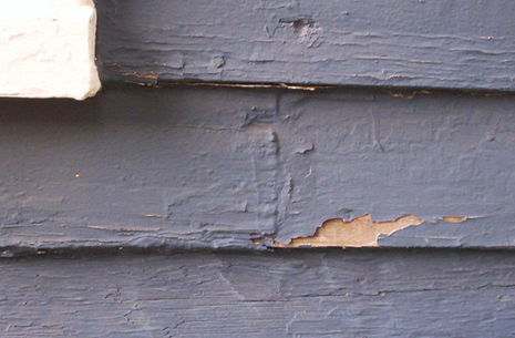 chipped-siding-two-column-right